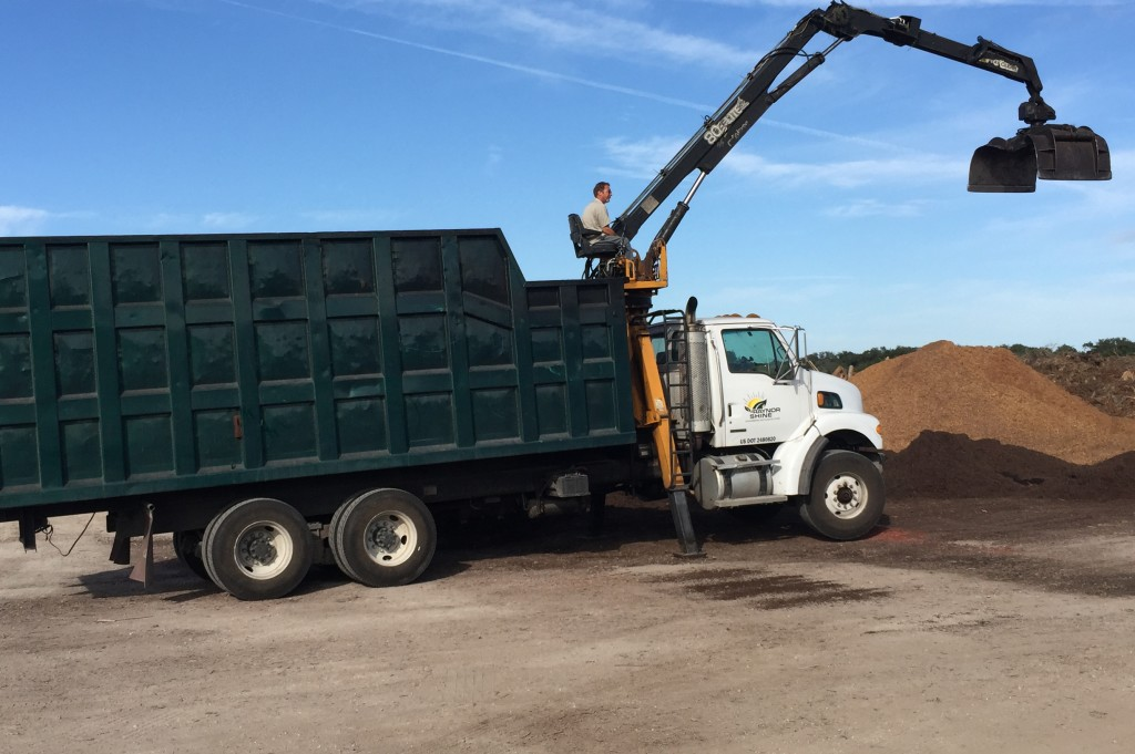 Grapple Truck Services Raynor Shine Mulch Installation And